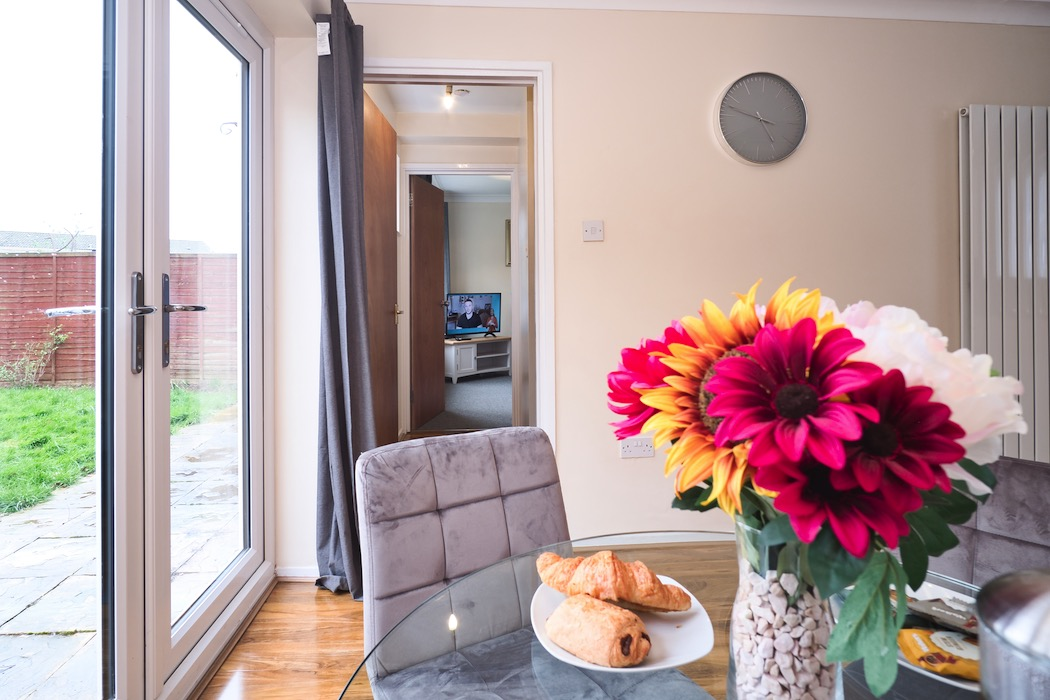 Why Serviced Accommodation Is Better Than AirBnB